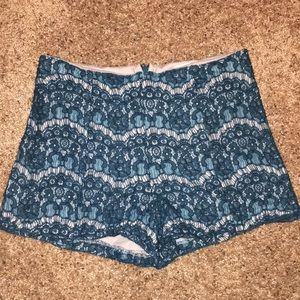 Lily white lace shorts